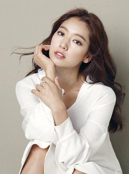 Park Shin Hye - tu mot co gai kem noi bat den ngoc nu thoi trang hinh anh 7