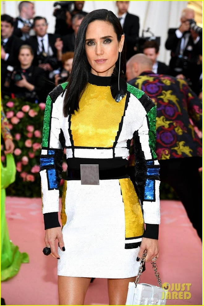 Day that lung nay co gi dac biet ma ai cung dien trong Met Gala 2019? hinh anh 4