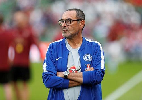 HLV Sarri se tru duoc bao lau o Chelsea? hinh anh