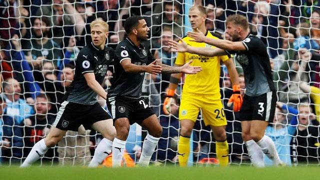 Man City vs Burnley (5-0): Thu mon Joe Hart gap ac mong hinh anh