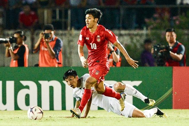 Tinh huong Van Hau bi trong tai tu choi penalty hinh anh