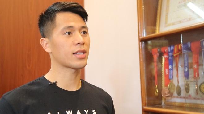Dinh Trong chia se ve tam huy chuong AFF Cup va U23 chau A hinh anh