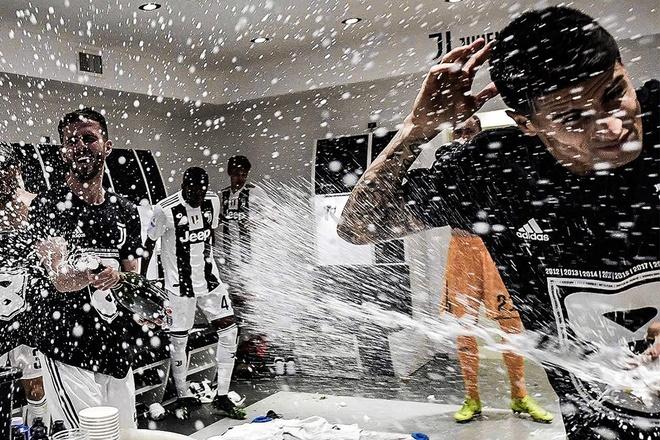 Cau thu Juventus 'lam loan' phong thay do sau khi vo dich Serie A hinh anh