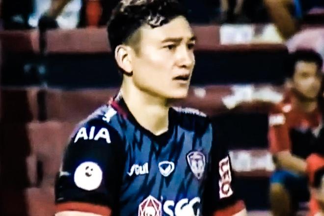 Nhung pha can pha no luc cua Van Lam trong tran thua 0-3 hinh anh