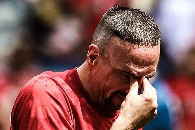 Loi chia tay dam nuoc mat cua Franck Ribery hinh anh