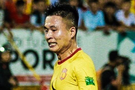 CLB Nam Dinh phoi hop tu san nha ghi ban sau 11 duong chuyen hinh anh