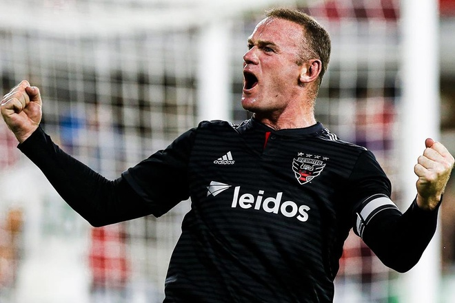 Rooney ghi ban tu san nha trong ngay doi dau Nani hinh anh