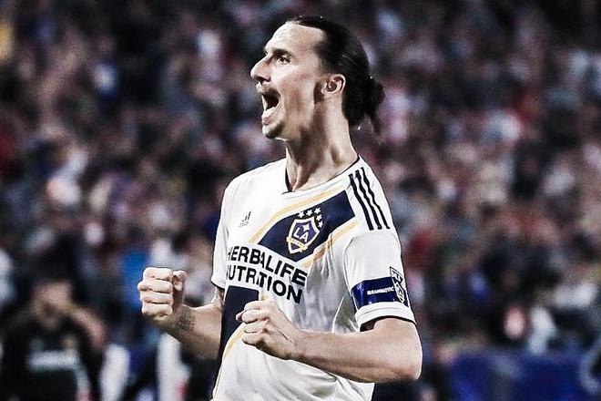 Ibrahimovic ghi ban va kien tao tren dat My hinh anh