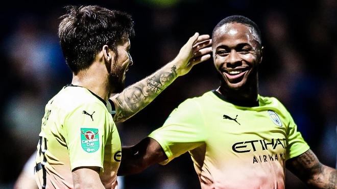 Sterling ghi bàn giúp Man City thắng đậm ở League Cup