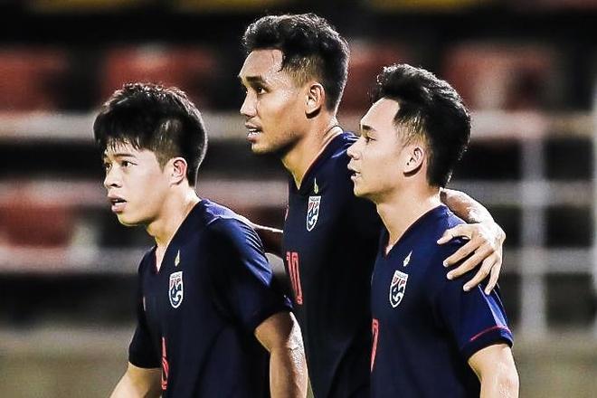 Thai Lan ha UAE 2-1 trong ngay Dangda ghi ban hinh anh