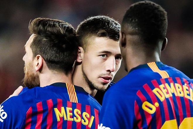 Lenglet: 'Messi khong cau gat du dong doi mac sai lam' hinh anh