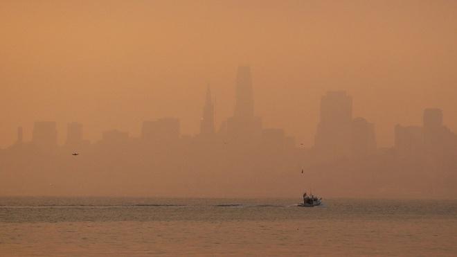 Chay rung lich su khien San Francisco o nhiem ngang Bac Kinh hinh anh