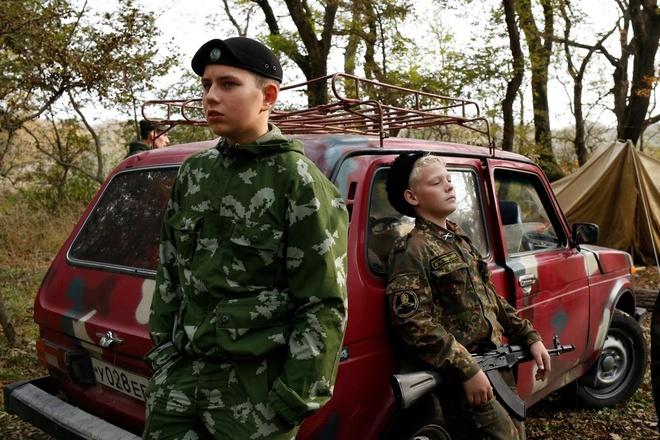 Thieu sinh quan Nga hoc ban sung, nhay du hinh anh