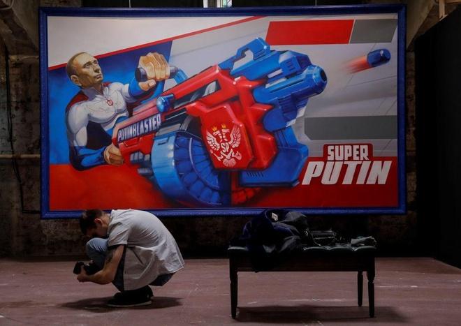 Trien lam 'Sieu Putin' o Moscow vao top anh tuan hinh anh