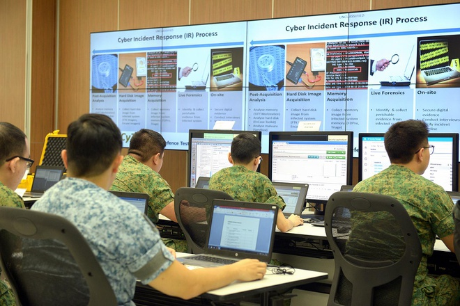 Singapore moi hacker 'thu' he thong Internet quoc phong hinh anh 1