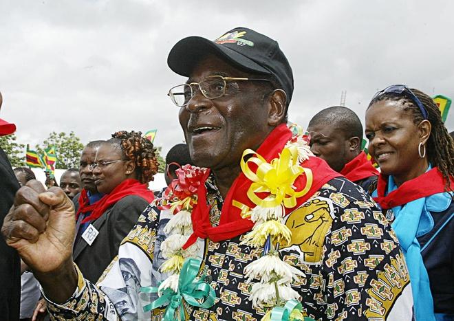 Cuu tong thong Zimbabwe mat 'sieu sinh nhat' truyen thong hinh anh