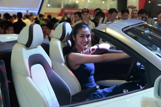 Dan sao dai su cua Audi tai Vietnam Motor Show 2013 hinh anh 5
