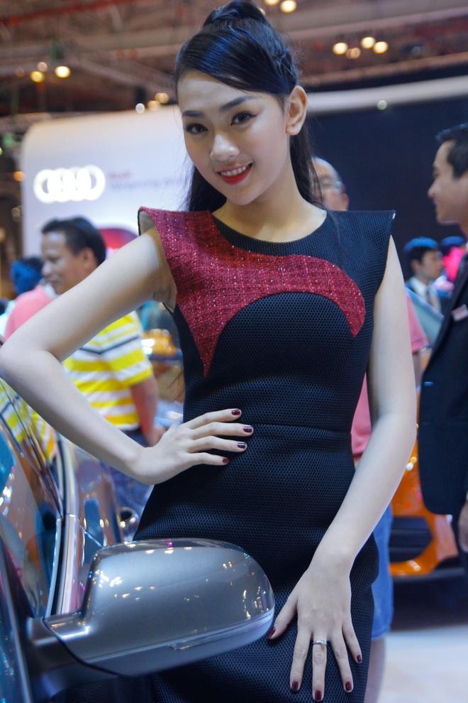 Dan sao dai su cua Audi tai Vietnam Motor Show 2013 hinh anh 11
