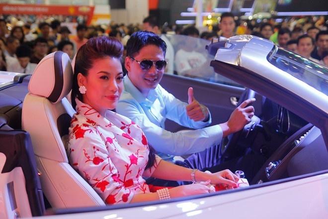 Dan sao dai su cua Audi tai Vietnam Motor Show 2013 hinh anh 7