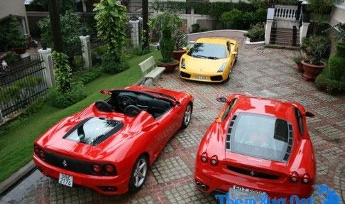 Garage sieu xe dang mo uoc cua Cuong 'do-la', Minh 'nhua' hinh anh 1