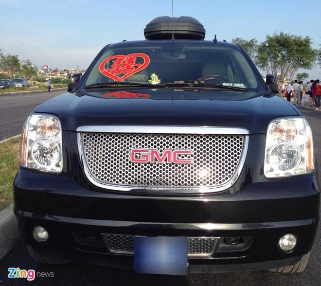 Rolls-Royce, Bentley gop mat trong dam cuoi sieu sang dat Mo hinh anh 10