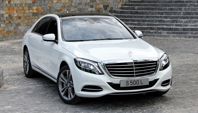 Mercedes-Benz S500L ban nang cap gia 4,7 ty dong o VN hinh anh
