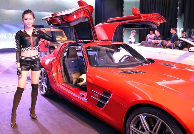 5 mau xe Mercedes-AMG tinh nang cao do bo Ha Noi hinh anh
