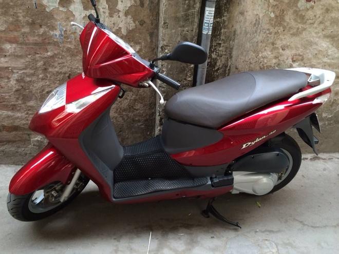 Honda Dylan 150 doi 2003 moi den 99% o Ha Noi hinh anh