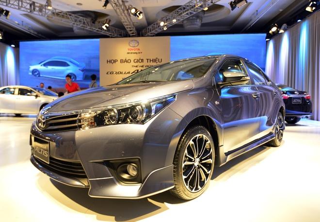 Anh chi tiet Toyota Corolla Altis vua ra mat o Viet Nam hinh anh 4