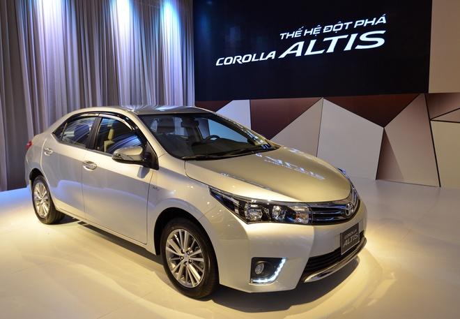 Anh chi tiet Toyota Corolla Altis vua ra mat o Viet Nam hinh anh 3