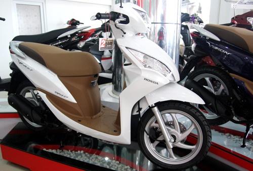 ... 1 So sanh Honda Vision phien ban moi va cu hinh anh 2