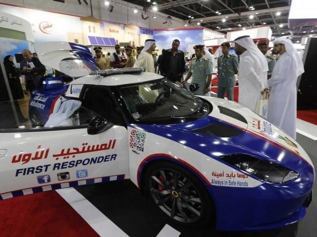 Sieu xe Lotus Evora S lam xe cuu thuong o Dubai hinh anh 1