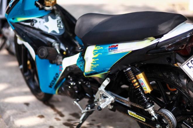 Honda Wave RSX son tem dau cua biker Sai Gon hinh anh 2