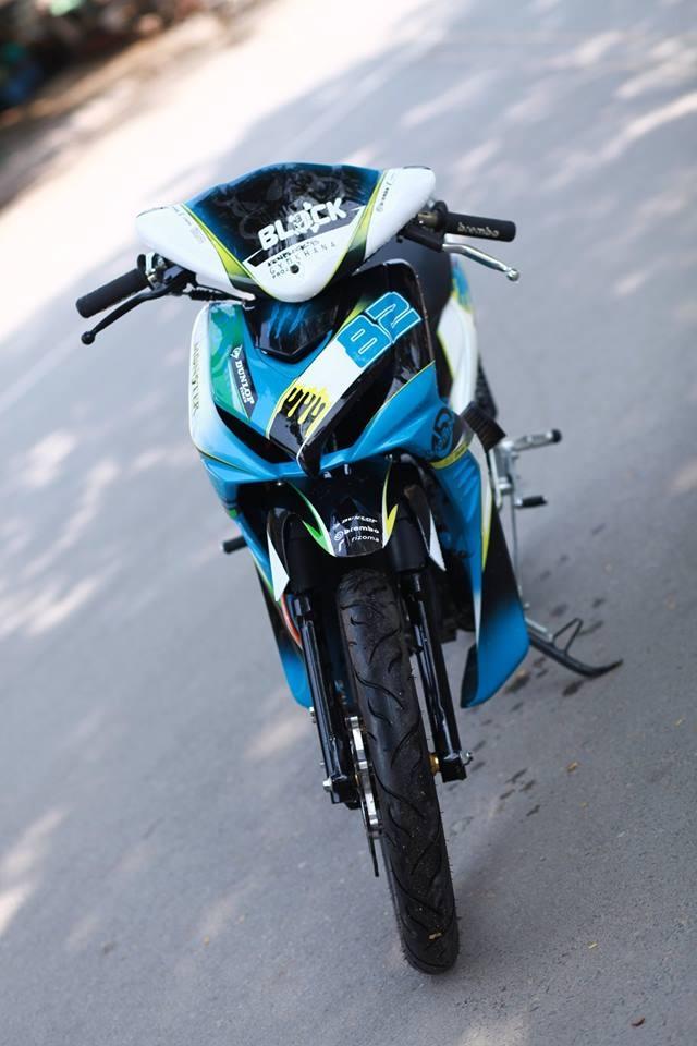 Honda Wave RSX son tem dau cua biker Sai Gon hinh anh 3