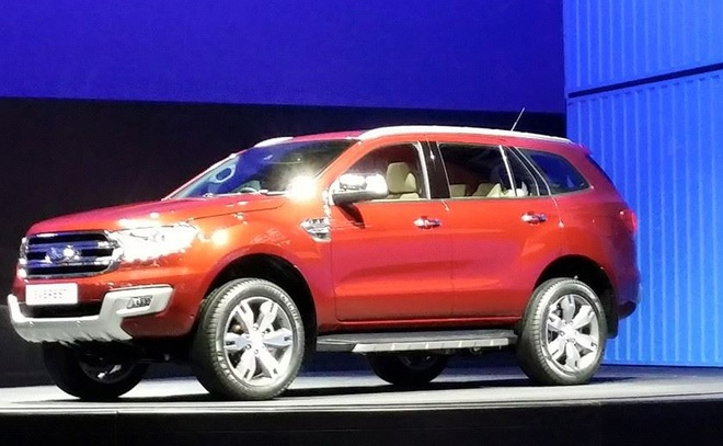 Ford Everest the he moi chinh thuc trinh lang hinh anh