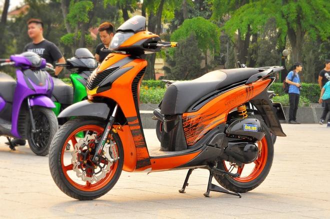 Honda SH 2010 thay dan ao mau cam Kawasaki Z1000 hinh anh