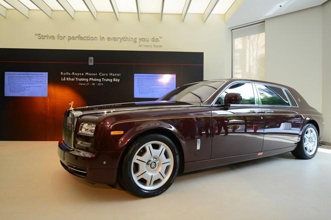 Rolls-Royce khong tham gia trien lam oto nhap khau o Ha Noi hinh anh