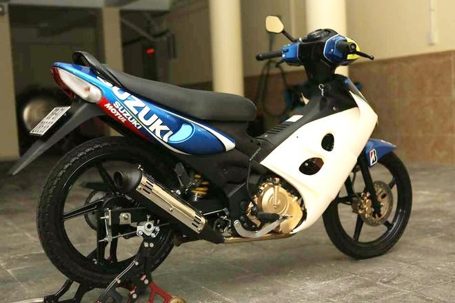 Suzuki FX125 son lai dan ao cua biker Sai Gon hinh anh