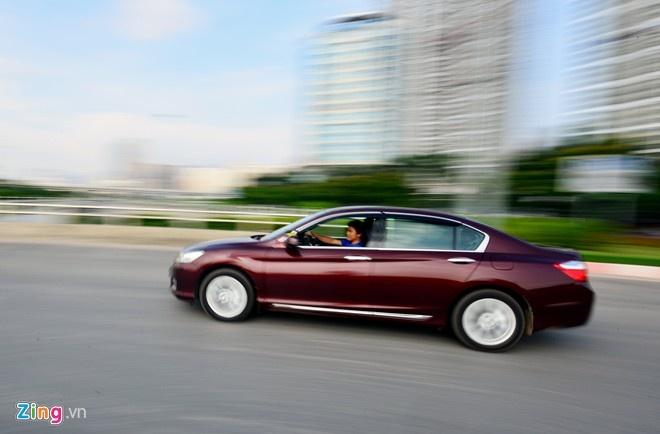 Honda Accord 2015 them tinh nang kiem soat hanh trinh o VN hinh anh 2