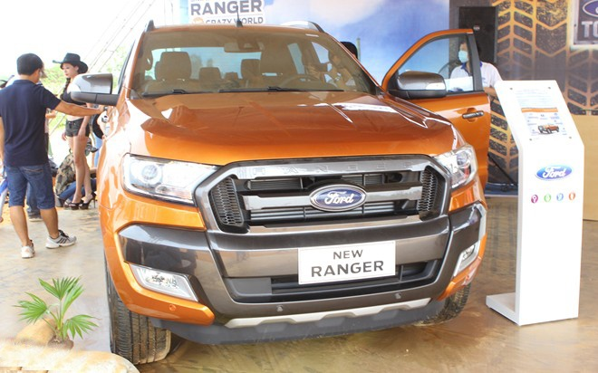 Ford Ranger 2015 ban cao nhat co gia 859 trieu dong o VN hinh anh