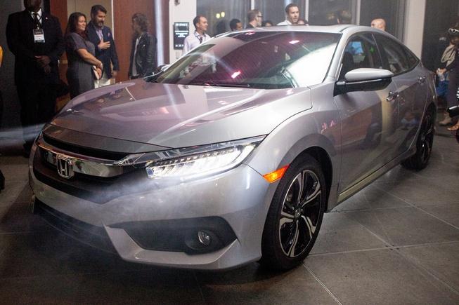 Honda Civic 2016 chinh thuc trinh lang hinh anh