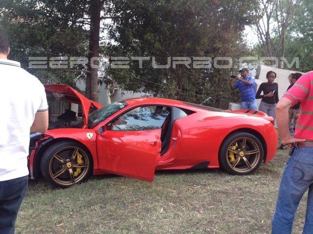 Ferrari 458 Speciale dam tuong rao o Nam Phi hinh anh 2
