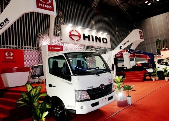 Vietnam Motor Show 2015 quy tu nhieu hang xe tai hinh anh
