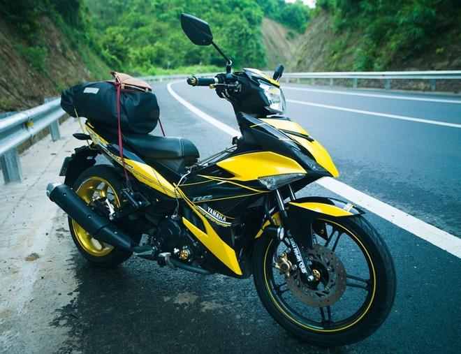 Exciter 150 RC len do choi hang hieu cua biker Sai Gon hinh anh