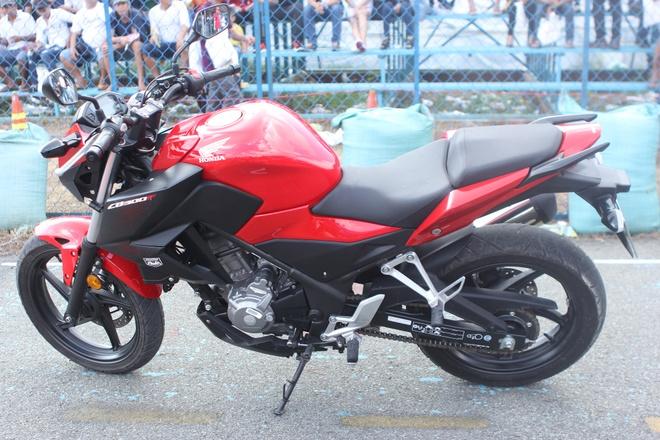 Chi tiet Honda CB300F dau tien o Viet Nam hinh anh