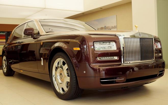 Chi tiet Rolls-Royce Phantom Lua Thieng duy nhat Viet Nam hinh anh