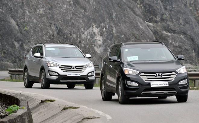 Hyundai Santa Fe noi can moc 4.000 xe xuat xuong hinh anh