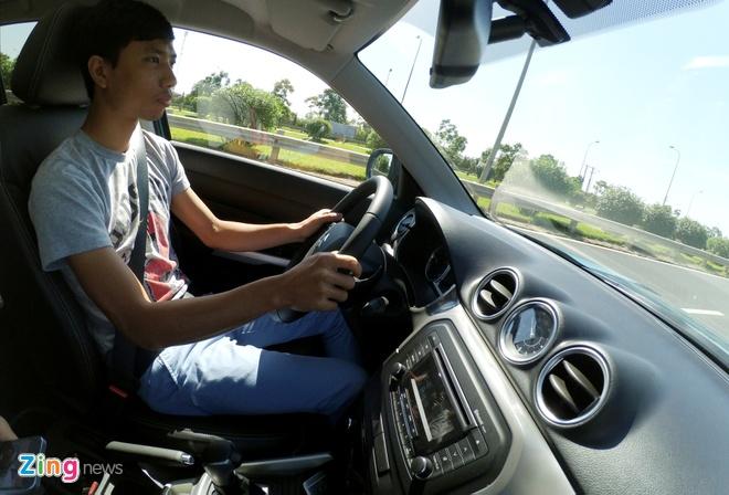 Chay thu Suzuki Vitara 2015: Mau SUV dam chat chau Au hinh anh 3