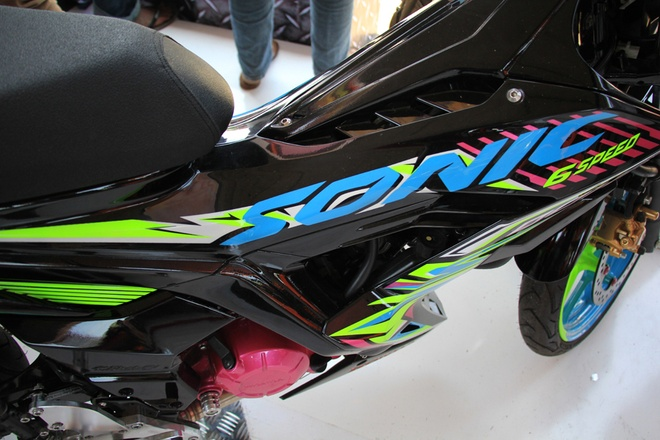 Honda Sonic 150R do mau sac sac so o Indonesia hinh anh 2