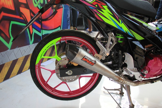 Honda Sonic 150R do mau sac sac so o Indonesia hinh anh 4